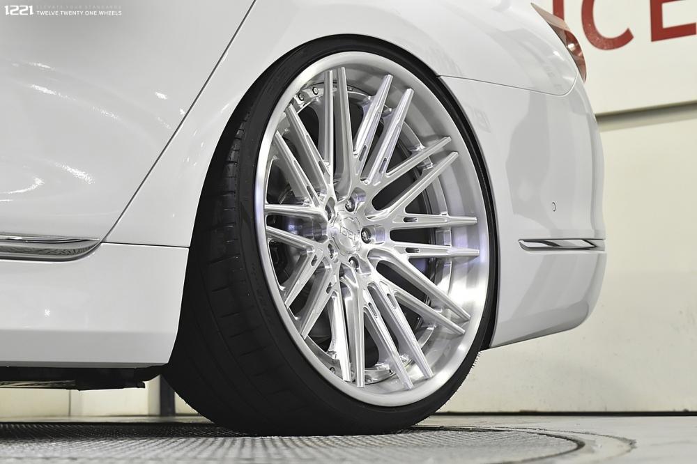 BMW 750Li Forged Modular Wheels