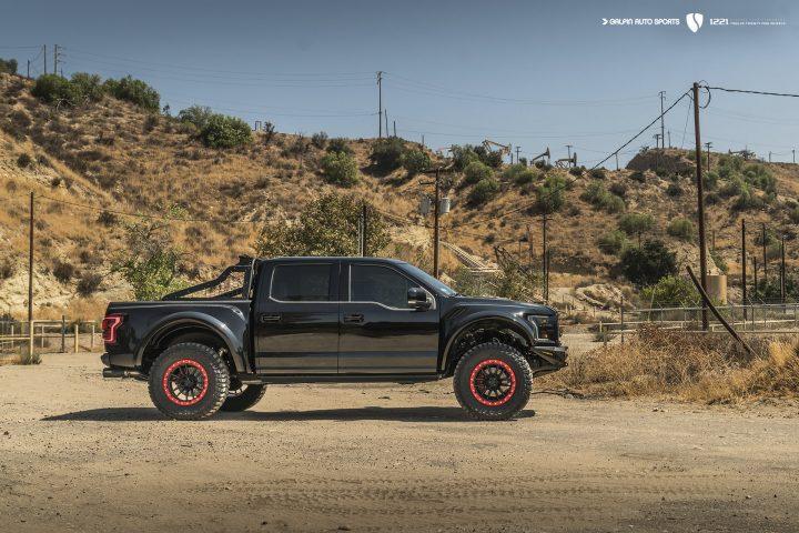 Ford Raptor S SVIPE Salomondrin