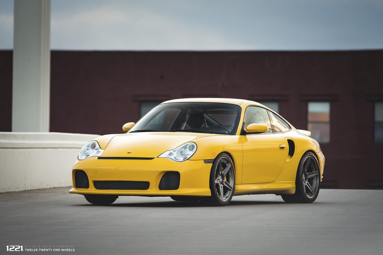 Porsche Carrera 911 Turbo forged concave wheels