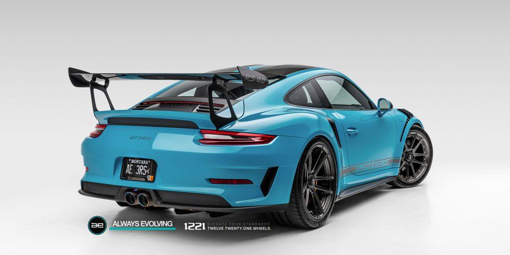 Porsche 911 GT3RS Centerlock Concave Wheels