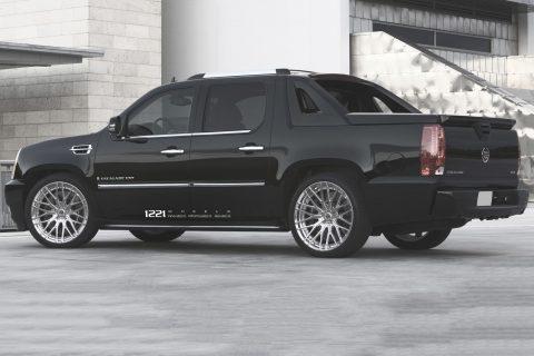 Cadillac Escalade SUV Custom Wheels